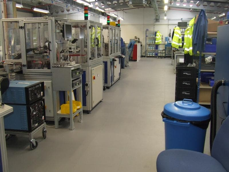 R-Tek_Manufacturing_R-Tile_ESD Floor Tiles_gallery_b6.JPG